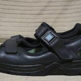Фирменные черные кожаные сандалии Mephisto. Франция. 42 и 45 рр..