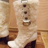 белые зимние сапоги на меху Zara Испания