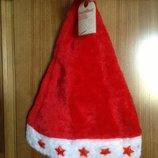 Новые сверкающие шапки Деда Мороза Carrefour Франция