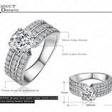 Кольцо с австрийскими кристаллами
