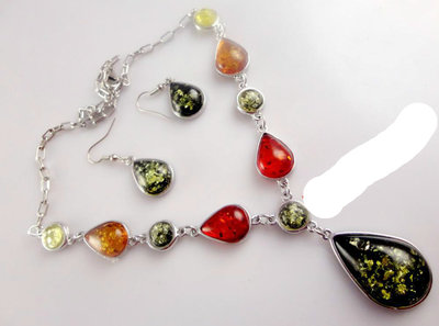 Набор Янтарь ожерелье- колье серьги