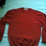 ярко-красный шерстяной пуловер