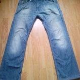 Мужские джинсы с потертостями Diesel