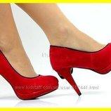 Очень оригинальные красные туфельки-бант