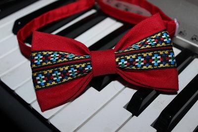 Галстук-Бабочка красная с украинским узором/краватка-метелик червона