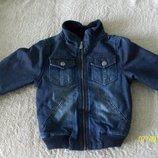 продам утепленную курточку джинсовую 116р но можно и с 92 носить