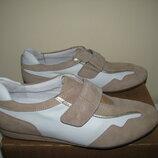 Нові кросівки повністю шкіряні ортопедичні дихаючі Medicus оригінал німеччина р.5,5 стелька 25,5 см