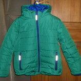 Теплая куртка, деми в идеальном состоянии 128 и 140