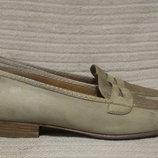 Изысканные комбинированные кожаные туфли - лоферы. Италия. 40 р.