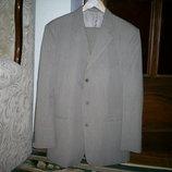 Светлый деловой костюм р.50 рост 178-188 см на весну-лето ф-ки Желань.
