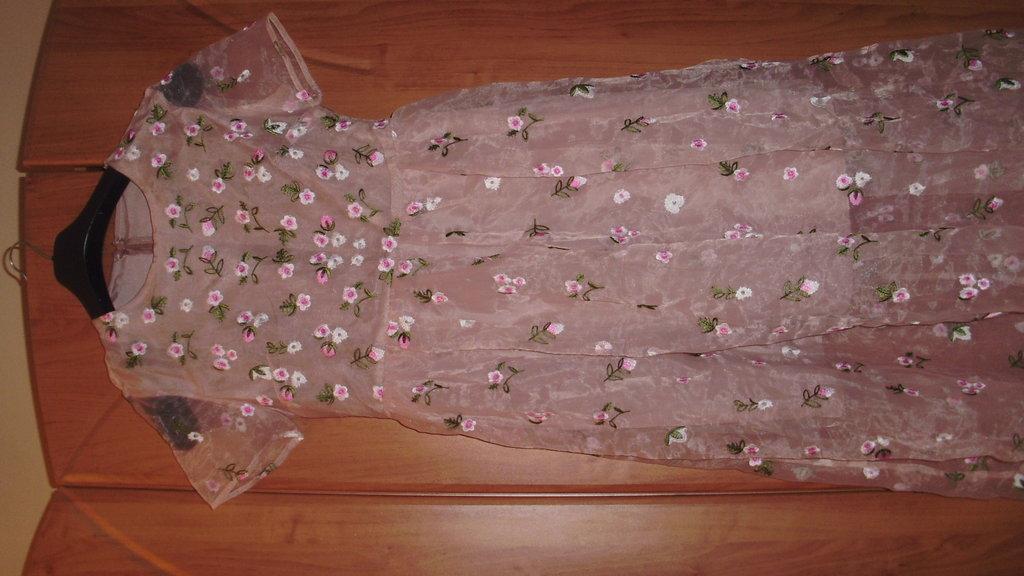 Восхитительное платье в пол Valentino. копия  1300 грн - вечерние платья  valentino в Николаеве, объявление №8755958 Клубок (ранее Клумба) a9cd3556f09