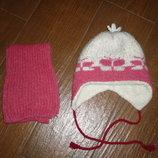 Комплект шапка и шарф зимние. на 2-3.6 года.