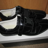 спортивные туфли Svetski ,полностью из натуральной кожи ,раз 42,43