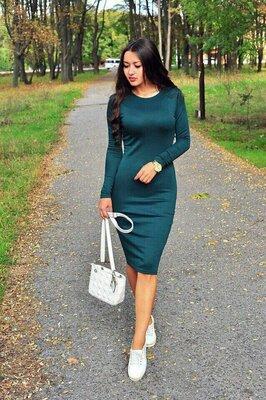 Хит Классическое трикотажное платье-футляр миди с круглым вырезом повседневное за колено р40 по 52