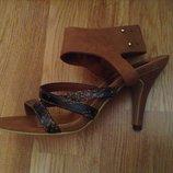Новые красивые модные босоножки H&M 37.5 - 38 р-ра