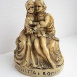 Статуэтка Ромео и Джульетта 7см камень Италия