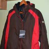 Женская лыжная куртка размер 40, на М