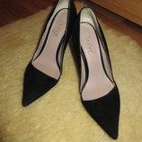 Элегантные замшевые туфельки tay page