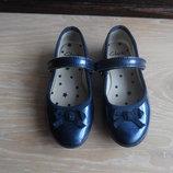 Туфельки кожаные лаковые 15,5 см балетки синие бант оригинал Clark's