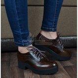 Туфли криперы на тракторной подошве «Gala» лаковые на шнуровке