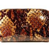 Косметичка кожаная женская клатч коричневая Desisan 064-18