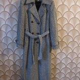 Осеннее пальто Mangust. размер 48. в наличии.