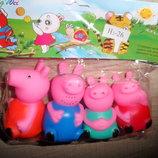 Набор игрушки-пищалки свинки