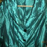 Изумрудный атласный пиджачек, р-р 46 - 48, лето