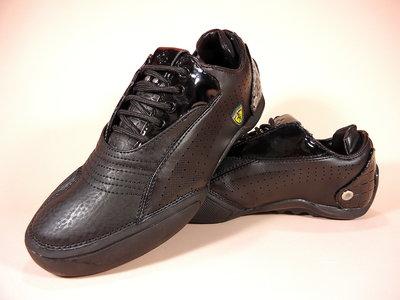 Кроссовки Walker, черные и белые. Для бега и тренировок. Размеры 36-41.