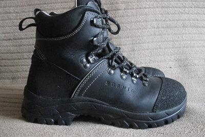 Фундаментальные полностью кожаные треккинговые ботинки. Mondeox.Италия