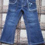 Синие джинсы с вышивкой Osh Kosh р. 2Т