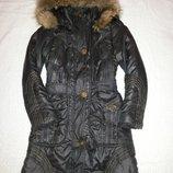 Акция Зимняя куртка-пальто с мехом енота, новое сост., р.S 155/80А