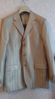 Мужской классический костюм размер 50