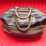 Красивая женская сумка в отличном состоянии