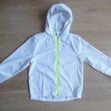 Куртка белая салатовая 8-10 лет фирменная ветровка весна Nike Найк теплая лето