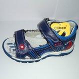 Кожаные босоножки Clibee