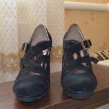 Женские замшевые туфли Didadem,состояние новых