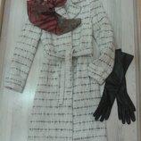 Стильное пальто-рогожка демисезон