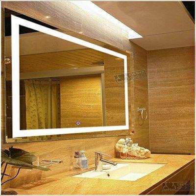 Влагостойкое зеркало с LED подсветкой в ванную комнату