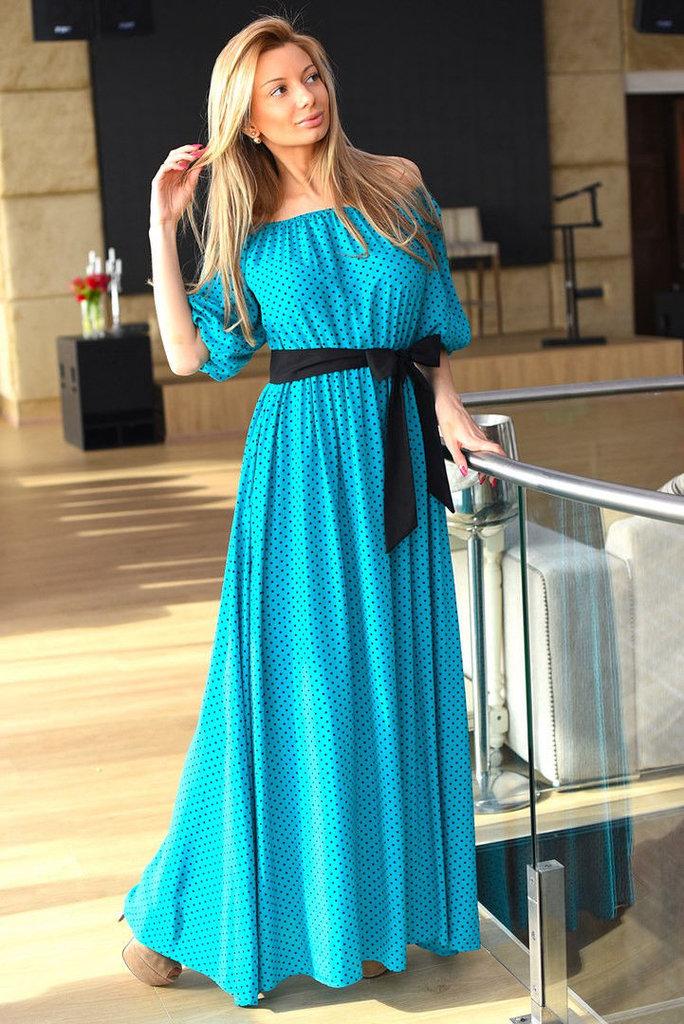Длинное платье с поясом в пол