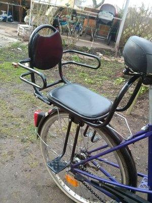 Сиденье на багажник для ребенка