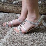 Красивые сандалии босоножки H&M 38,-38,5 р.