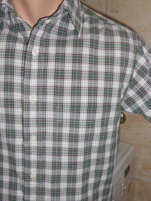 111. Рубашка с коротким рукавом в зеленую клетку. Размер S