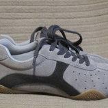 Очень легкие комбинированные замшевые кроссовки Wallis. Англия. 39 р.