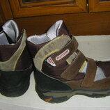 Крепкие кожаные ботинки - сапожки осень - зима р. 34-36