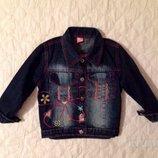 Джинсовая куртка Deniz на 4 года. Пиджак, ветровка, жакет для девочки.