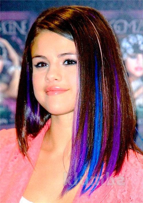 Окрашенные прядки на волосах