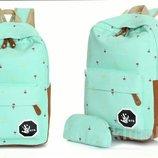 Стильный рюкзак для девушек пенал в комплекте