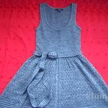 Шикарное новое трикотажное платье с красивым декольте