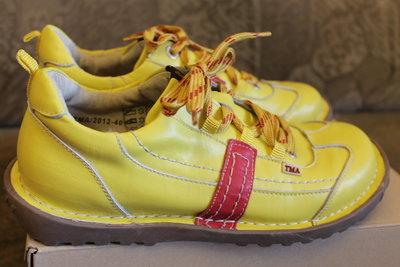 Туфлі TMA